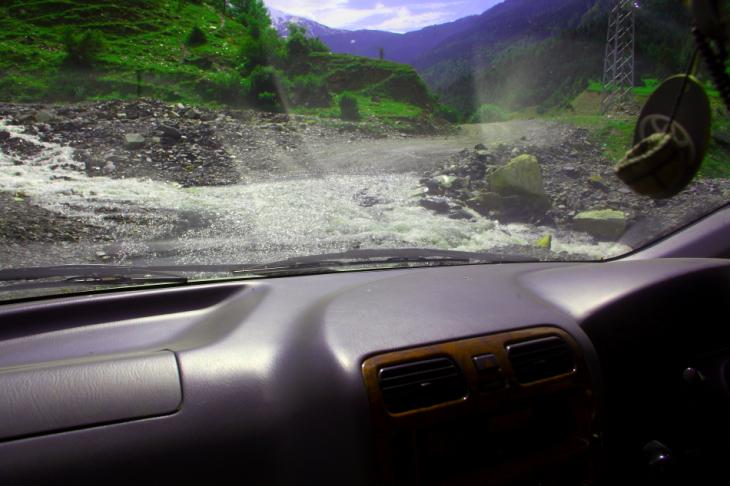 Georgia - Ushguli 001 - On the road