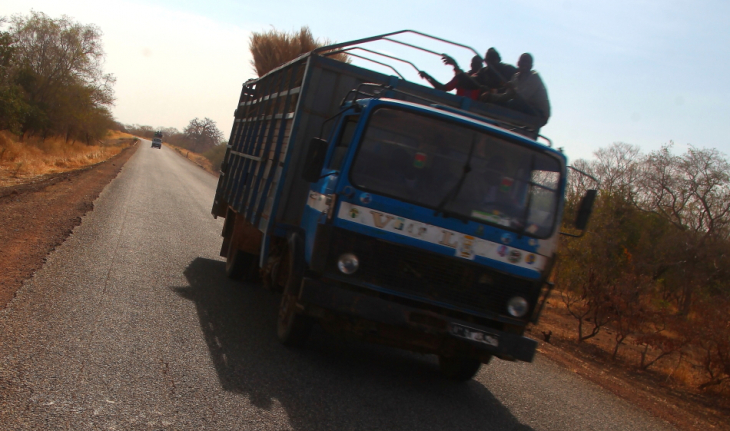 Burkina Faso - Going East - On the road to W National Park 002