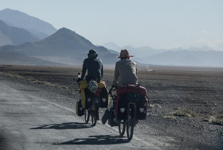 Tajikistan 002 - On the road