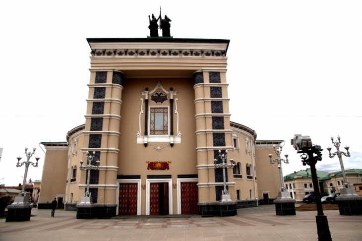 Russia - Ulan Ude 003 - Opera building