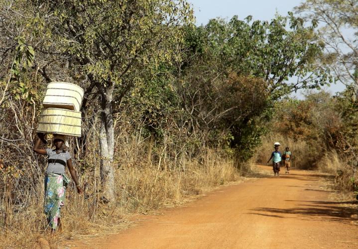 Burkina Faso 005 - On the road