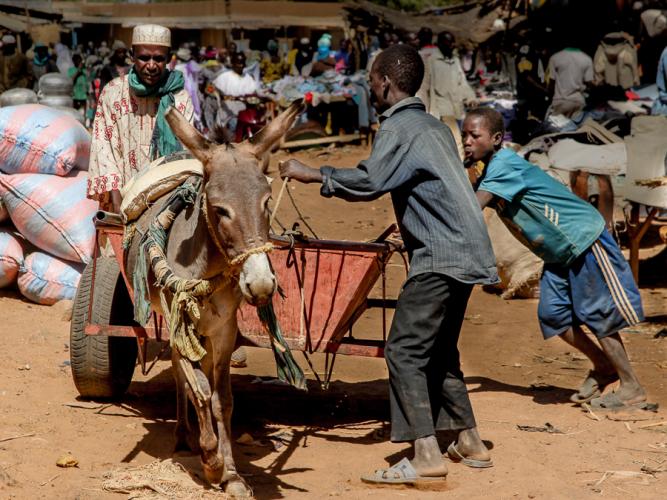 Burkina Faso 018 - Market near Kaya