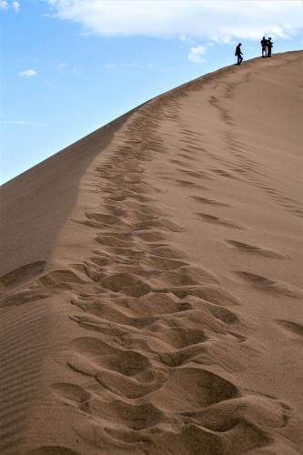 Kazakhstan - Altyn Emel 010 - Singing dunes