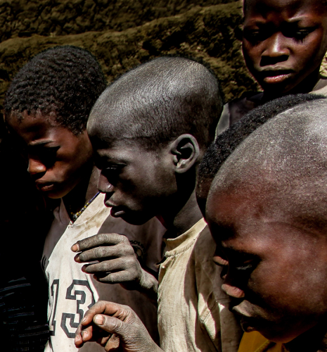 Burkina Faso 016 - Village stop on the way to Aribinda