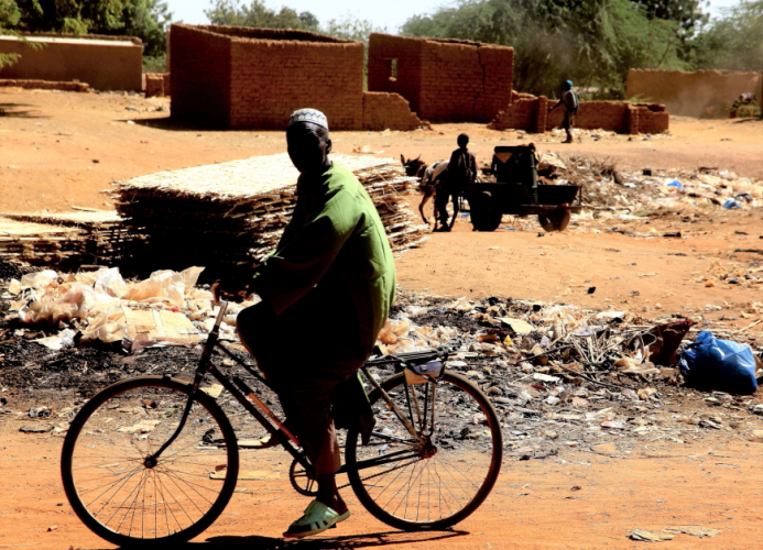 Burkina Faso 014 - Kaya