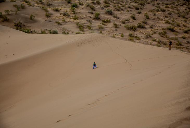 Kazakhstan - Altyn Emel 015 - Singing dunes