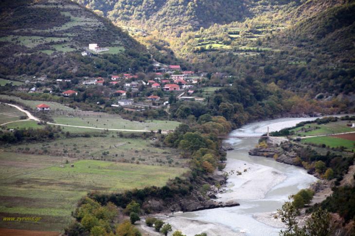 Albania - On the road to Permet 021