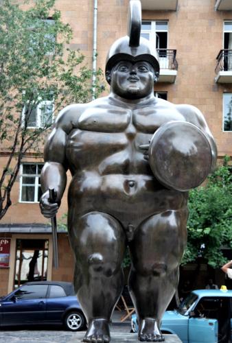 Armenia - Yerevan 022 - Cascade - Roman Warrior (Fernando Botero's work)
