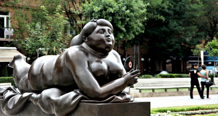 Armenia - Yerevan 026 - Cascade - Fat Lady (Fernando Botero's work)