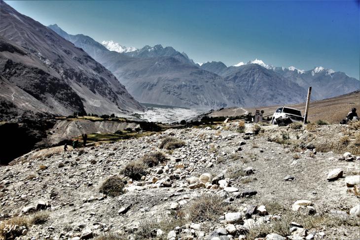 Tajikistan 028 - Wakhan Valley - On the road