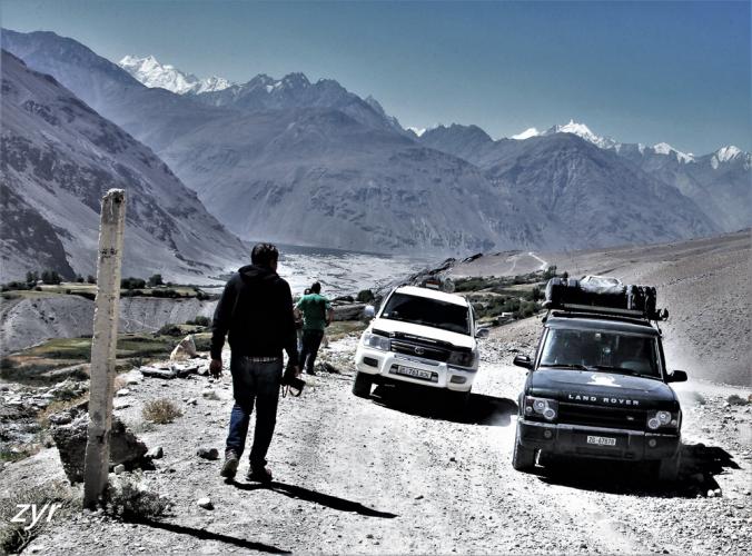 Tajikistan 033 - Wakhan Valley - On the road