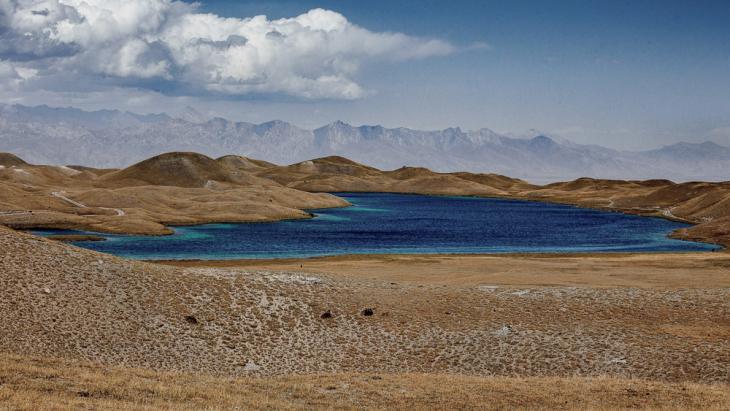 Kyrgyzstan 035 - On the road to Tulpar Kul