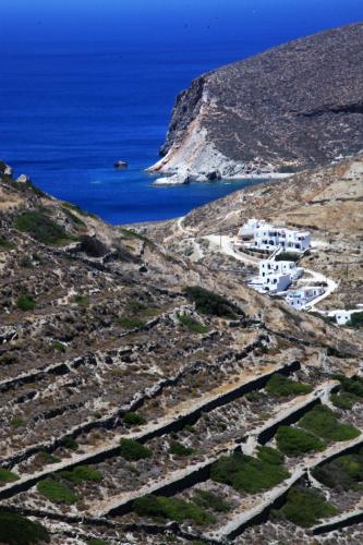 Greece - Folegandros 036 - Agkali from above