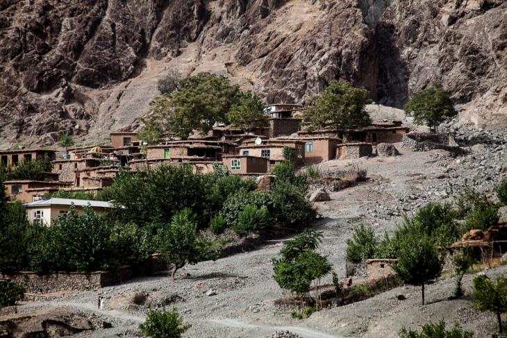 Tajikistan 039 - On the road to Kalaikum