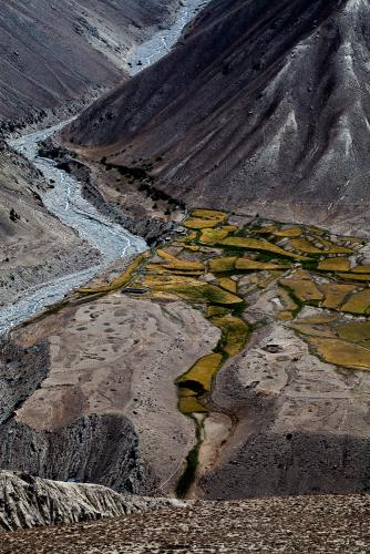 Tajikistan 040 - Wakhan Valley - On the road