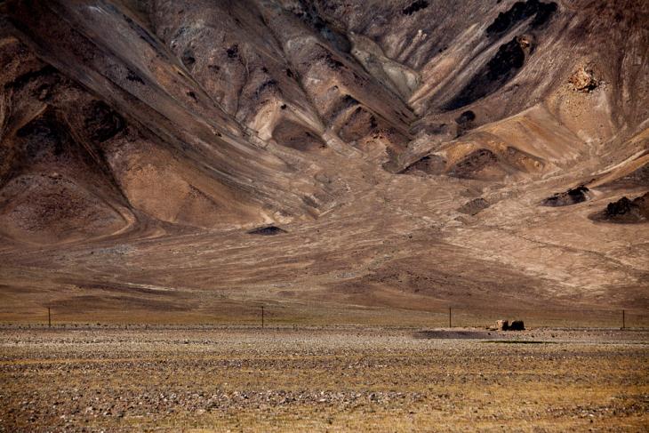 Tajikistan 040 - Deviation from the road to Karakul