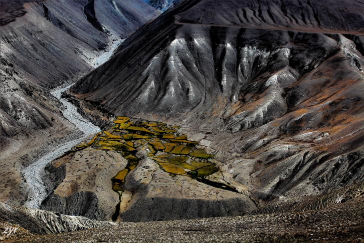 Tajikistan 041 - Wakhan Valley - On the road