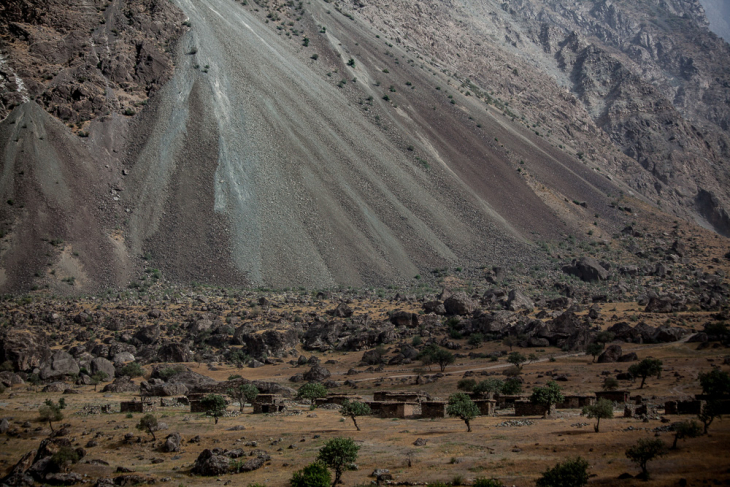 Tajikistan 043 - On the road to Kalaikum