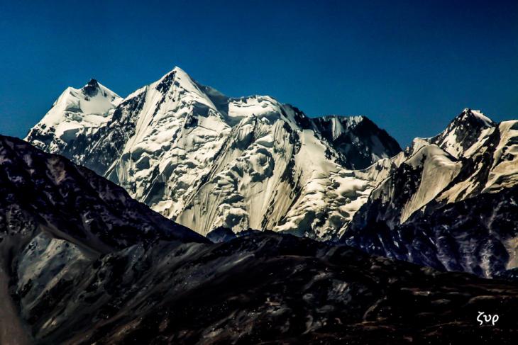 Tajikistan 046 - Wakhan Valley - On the road