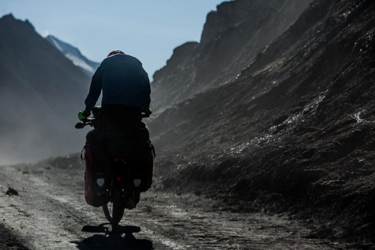Tajikistan 051 - On the road to Karakul
