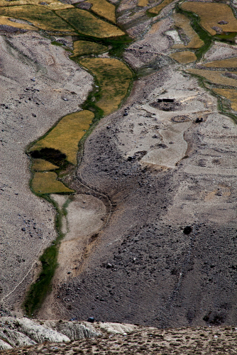 Tajikistan 052 - Wakhan Valley - On the road