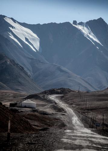 Tajikistan 052 - On the road to Karakul