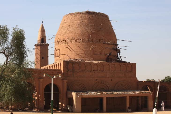 Sudan - Kassala 058 - Khatmiyya Hasan tomb