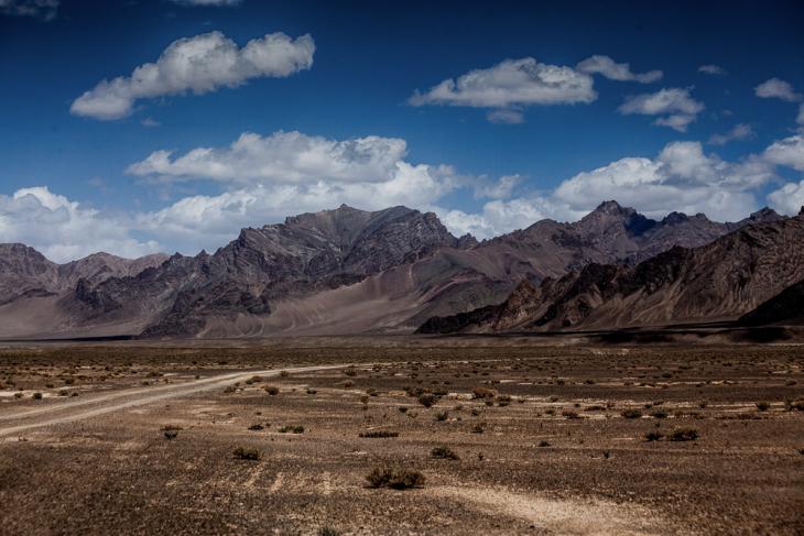 Tajikistan 059 - On the road to Shaymak