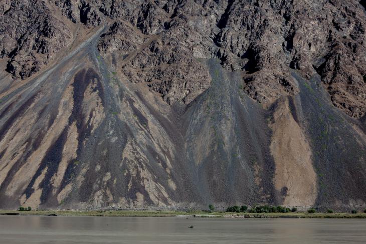 Tajikistan 060 - On the road to Khorog
