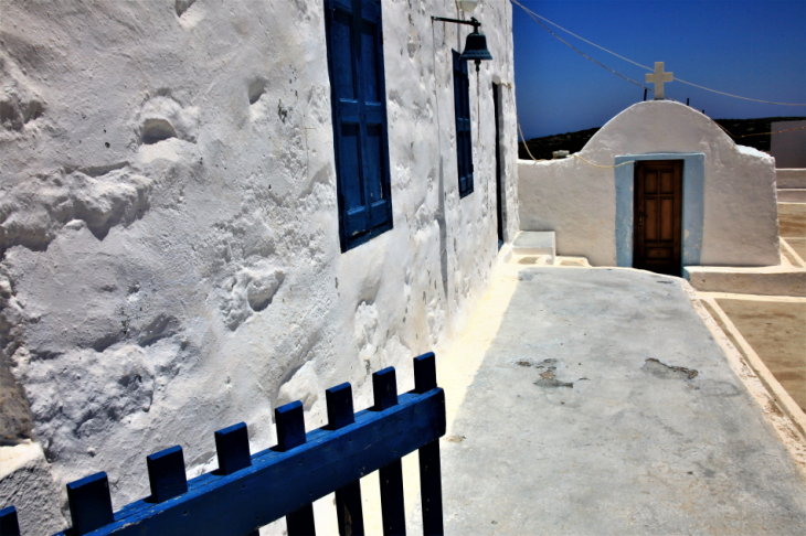 Greece - Astypalaia 061 - On the road to Vathy - Panagia Poulariani