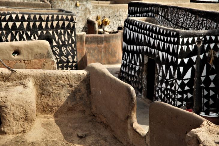 Burkina Faso -Tiebele 061 - Village in the sourroundings