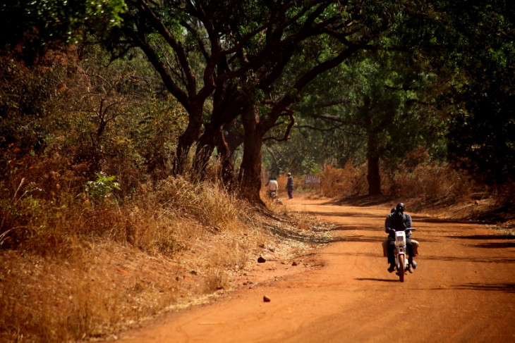 Burkina Faso 061 - On the road
