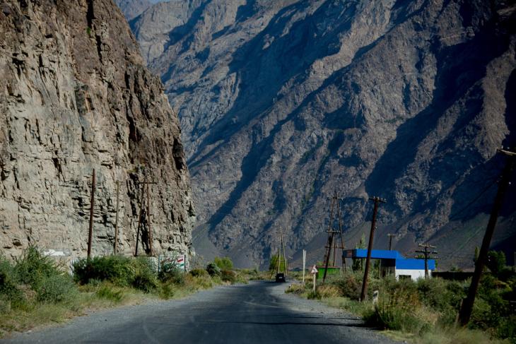 Tajikistan 062 - On the road to Khorog