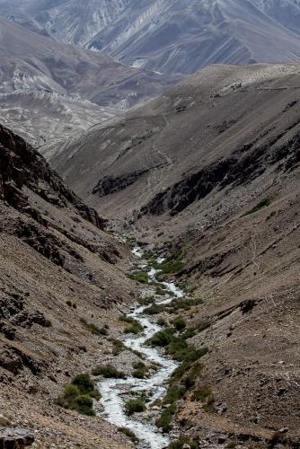 Tajikistan 062 - Wakhan Valley - On the road