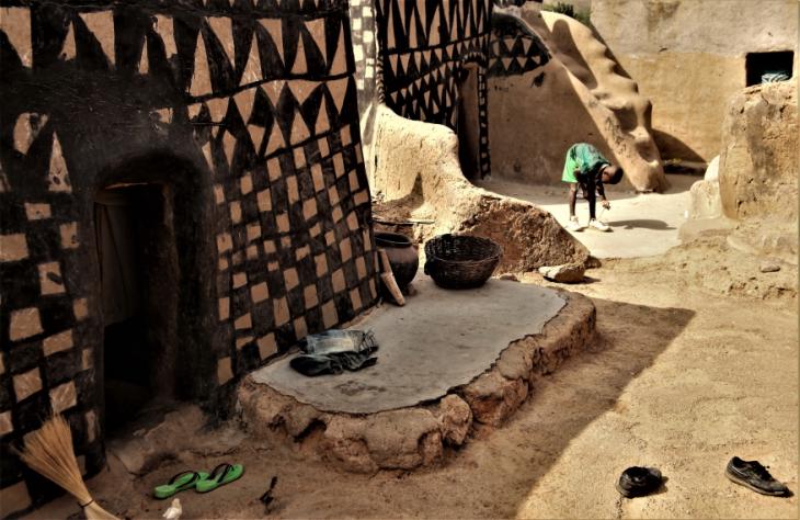 Burkina Faso -Tiebele 065 - Village in the sourroundings