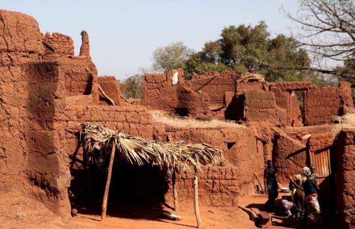 Burkina Faso - Koumi village, Bobo Dioulasso area 065