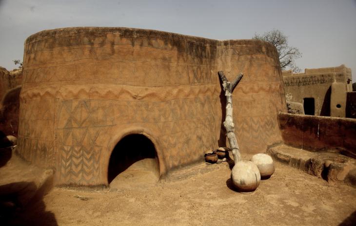 Burkina Faso -Tiebele 068 - Village in the sourroundings