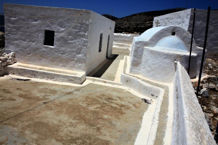 Greece - Astypalaia 069 - On the road to Vathy - Panagia Poulariani