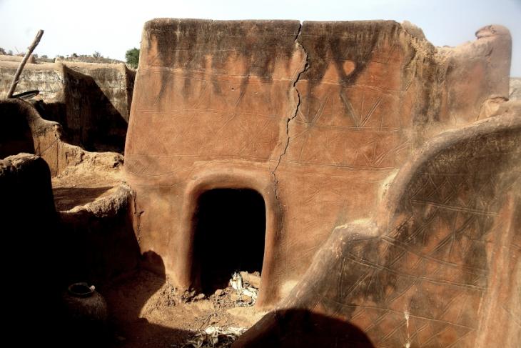 Burkina Faso -Tiebele 071 - Village in the sourroundings