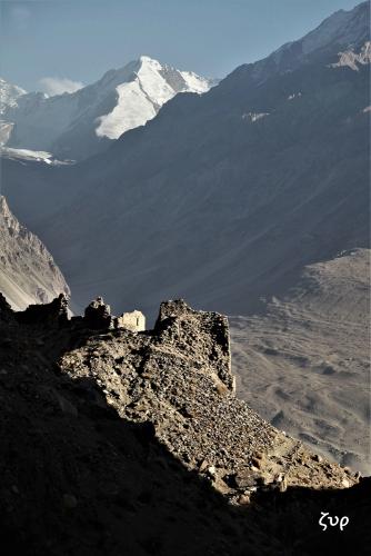 Tajikistan 073 - Wakhan valley - Yamchun fort