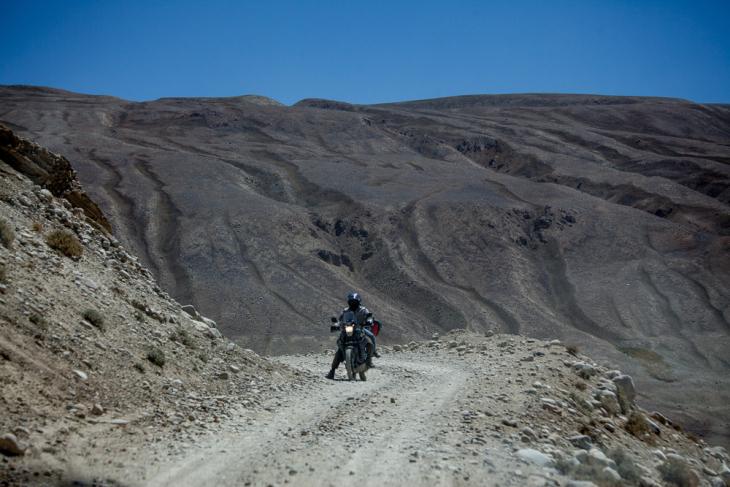 Tajikistan 081 - Wakhan Valley - On the road