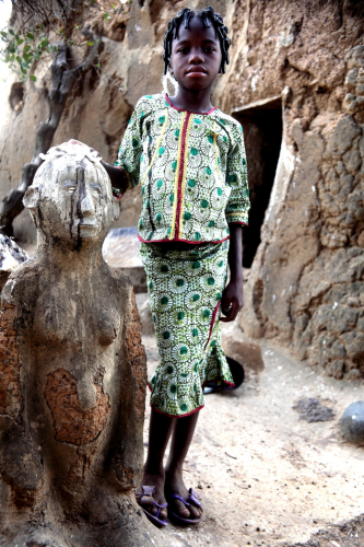 Burkina Faso - Gaoua 086 - Witch doctor's village