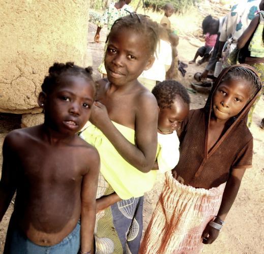 Burkina Faso - Gaoua 087 - Witch doctor's village