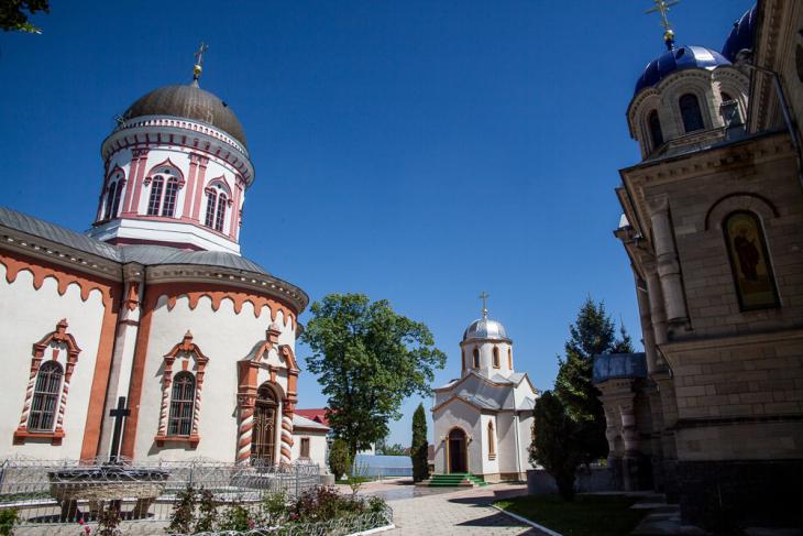 Transnistria - Bendery 087 - Noul Neamt Monastery