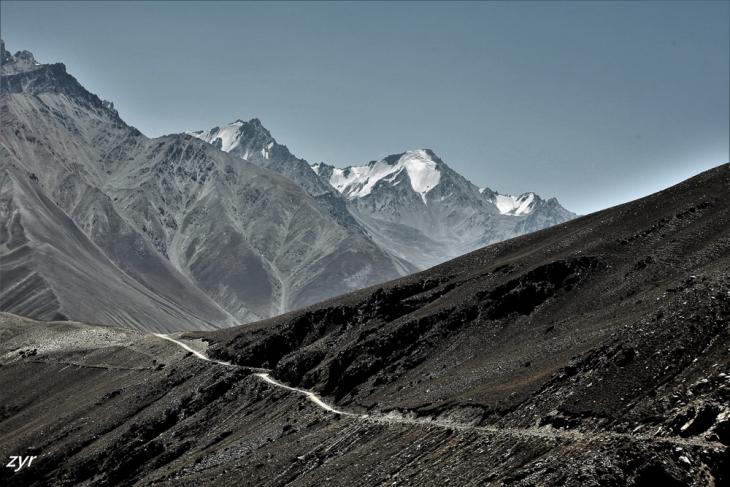 Tajikistan 087 - Wakhan Valley - On the road