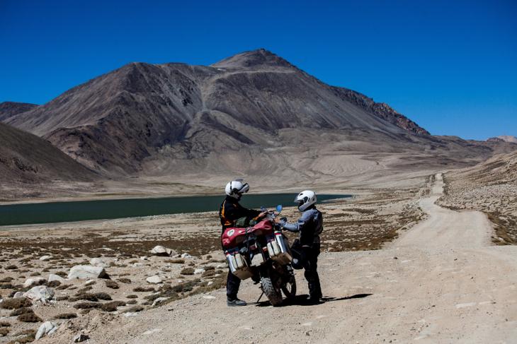 Tajikistan 090 - Wakhan Valley - On the road