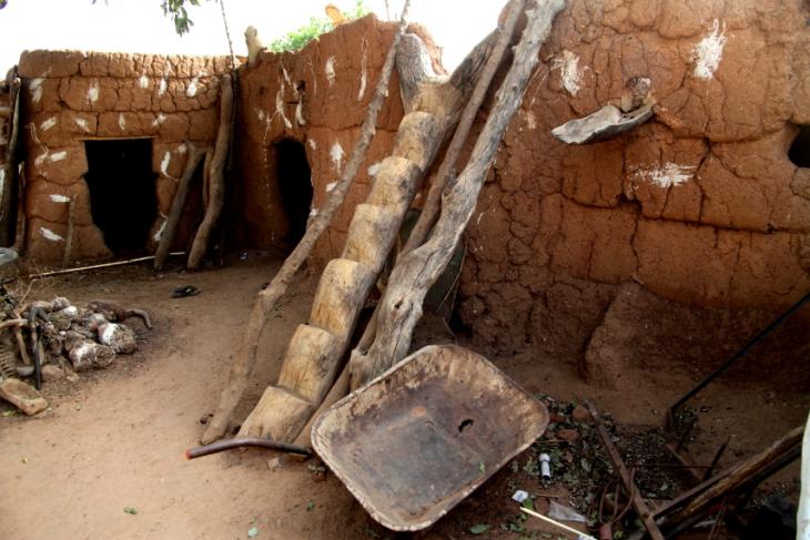 Burkina Faso -Tiebele 101 - Village in the surroundings