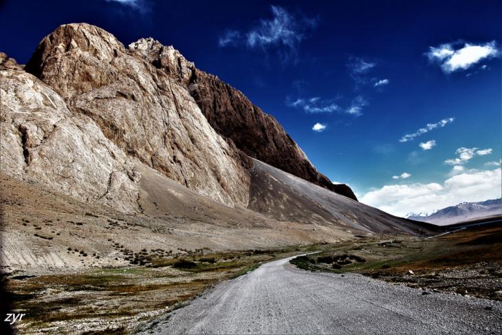 Tajikistan 103 - On the road to Shaymak