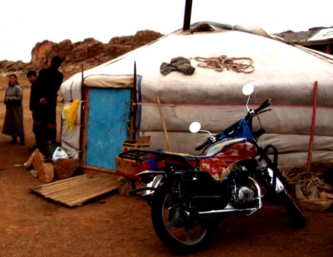 Mongolia 1193 - Gobi desert - Baga Gazrin Chuluu