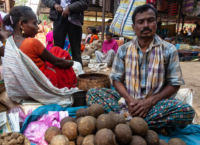 India - Chhattisgarh 143 - Tribal market on the road to Jagdalpur